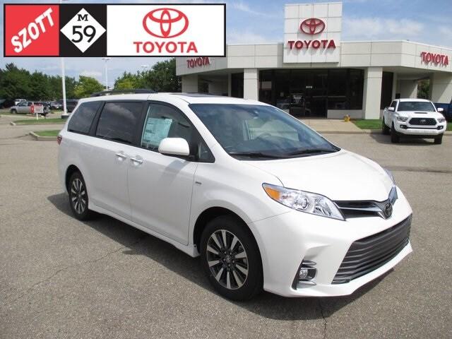 New 2019 Toyota Sienna XLE Van for sale near Detroit, MI