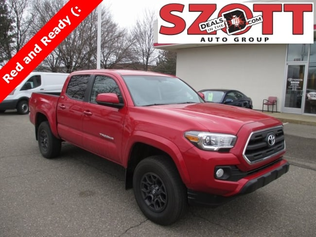 Certified 2017 Toyota Tacoma SR5 Truck Double Cab in Waterford, MI
