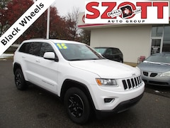 Used 2015 Jeep Grand Cherokee Laredo SUV for sale in Waterford, MI