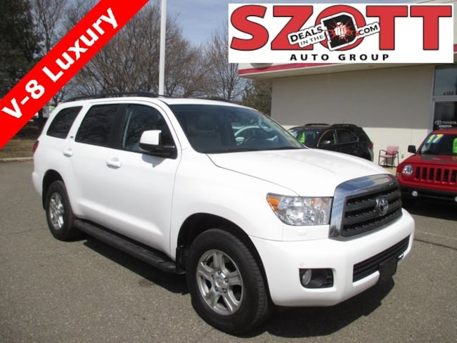 Used 2014 Toyota Sequoia SR5 SUV in Waterford
