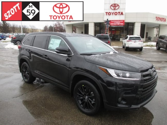 New 2019 Toyota Highlander SE SUV in Waterford