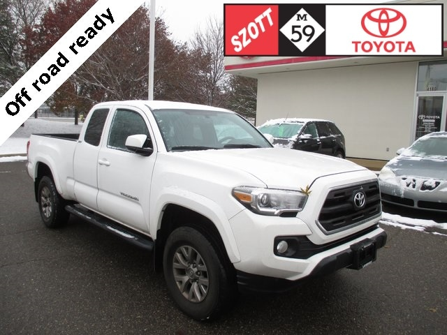 Used 2016 Toyota Tacoma SR5 Truck Access Cab for sale near Detroit