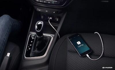 Hyundai Accent CarPlay