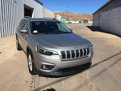 New 2019 Jeep Cherokee LATITUDE FWD Sport Utility for Sale in Holbrook AZ