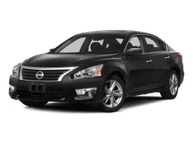 Used 2015 Nissan Altima 2.5 SV Sedan for Sale in Holbrook AZ