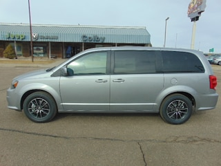 New 2018 Dodge Grand Caravan SE PLUS Passenger Van Colby, KS