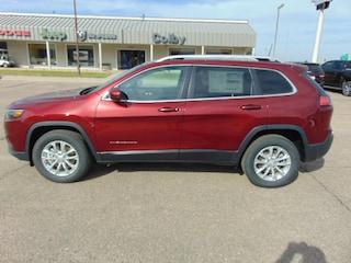 New 2019 Jeep Cherokee LATITUDE 4X4 Sport Utility Colby, KS