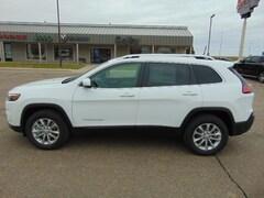 Chrysler Dodge Jeep Ram for sale  2019 Jeep Cherokee LATITUDE 4X4 Sport Utility in Colby, KS