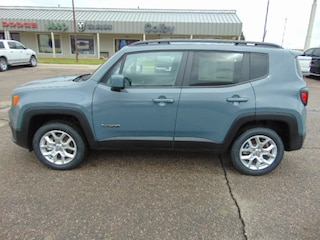 New 2018 Jeep Renegade LATITUDE 4X4 Sport Utility Colby, KS