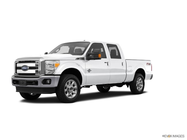 2016 Ford F-250 Super Duty Platinum 4x4 Platinum  Crew Cab 6.8 ft. SB Pickup