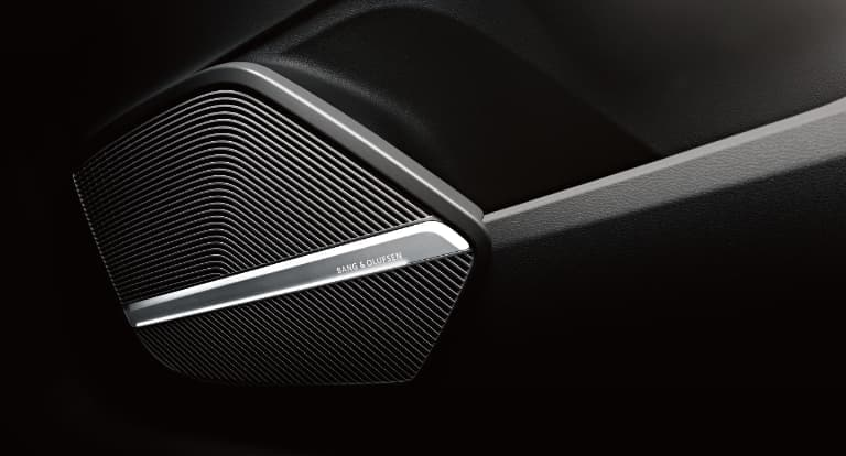 2019 Audi Q5 Bang & Olufsen® Sound System with 3D Sound  id=