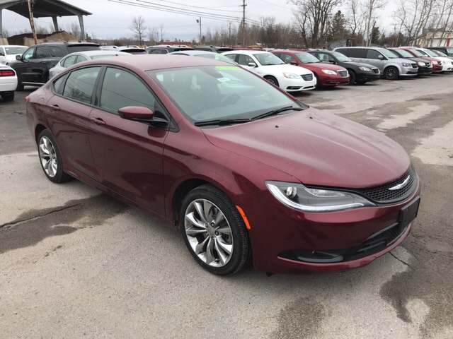 2015 Chrysler 200 All Wheel Drive S Sedan