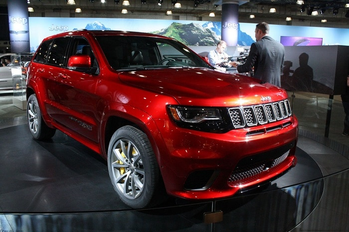 2018 jeep grand cherokee trackhawk hellcat available to order at team chrysler mississauga. Black Bedroom Furniture Sets. Home Design Ideas