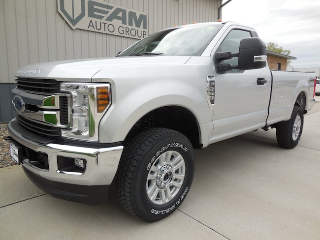 2019 Ford Super Duty F-350 SRW XLT XLT 4WD Reg Cab 8 Box
