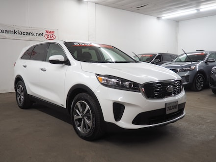 Featured used  2020 Kia Sorento 3.3L LX SUV for sale in Johnstown, PA.