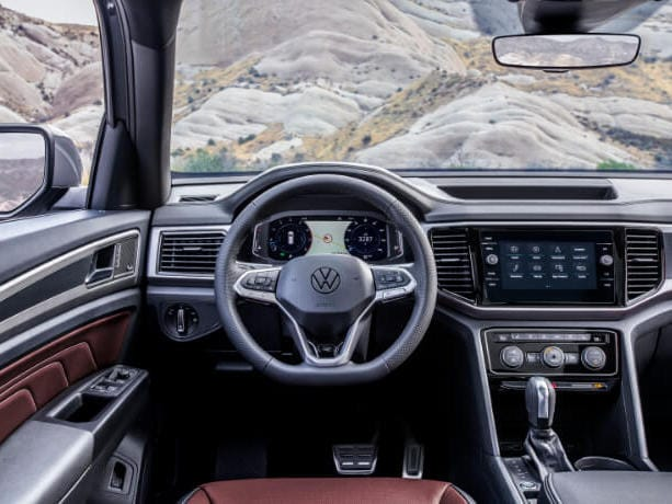 The interior of the 2020 VW Atlas Cross Sport Interior