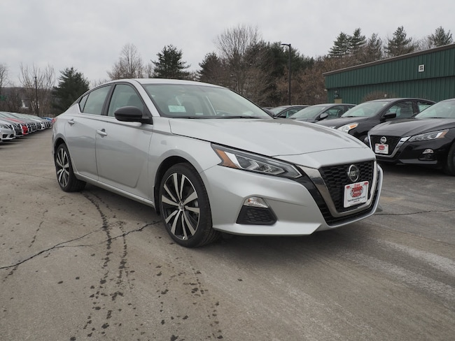 New 2019 Nissan Altima 2.5 SR Sedan in Lebanon NH
