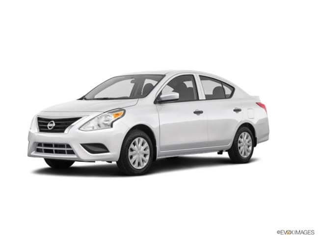 New 2019 Nissan Versa 1.6 S+ Sedan Bronx