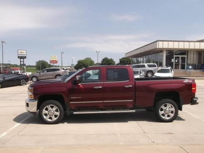 2017 Chevrolet Silverado 2500HD LTZ Crew Cab Short Bed Truck