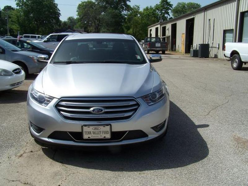 2014 Ford Taurus Limited Sedan