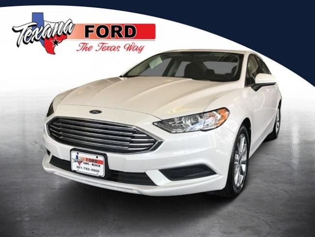 2017 Ford FUSION DT Sedan