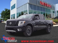 2019 Nissan Titan PRO-4X Truck Crew Cab