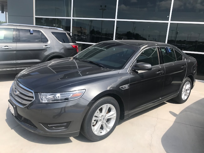 DYNAMIC_PREF_LABEL_AUTO_NEW_DETAILS_INVENTORY_DETAIL1_ALTATTRIBUTEBEFORE 2018 Ford Taurus SEL Sedan DYNAMIC_PREF_LABEL_AUTO_NEW_DETAILS_INVENTORY_DETAIL1_ALTATTRIBUTEAFTER