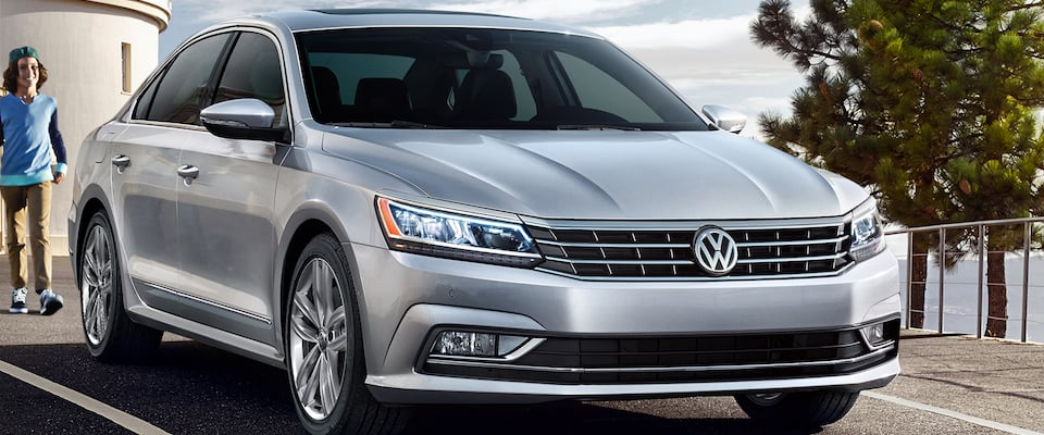 2018 Volkswagen passat in Orange