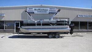 2018 Lowe Boats SS210