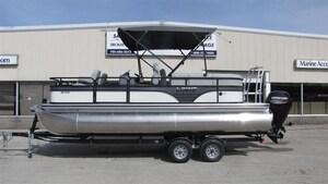 2018 Lowe Boats SF212