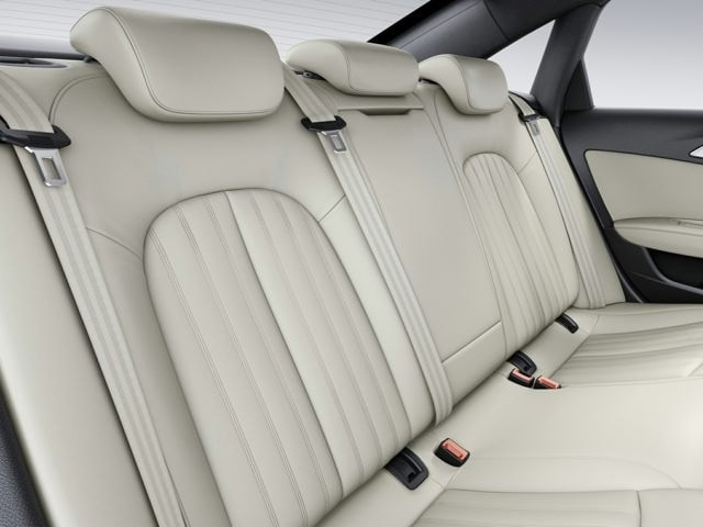 2017 audi A6 backseat