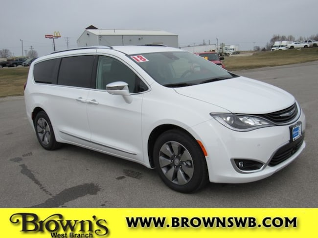 New 2018 Chrysler Pacifica Hybrid LIMITED Passenger Van in West Branch