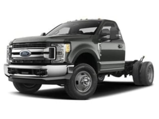 2018 Ford F-350 Chassis Cab XL Chassis Truck