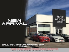 2013 Mercedes-Benz B250 | LEATHER | SUNROOF | HEATED SEATS Hatchback