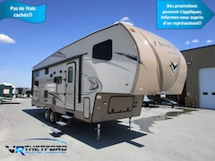 2018 FOREST RIVER FLAGSTAFF 527BHSWC