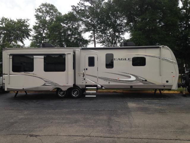 2017 Jayco Eagle 338RETS Camper