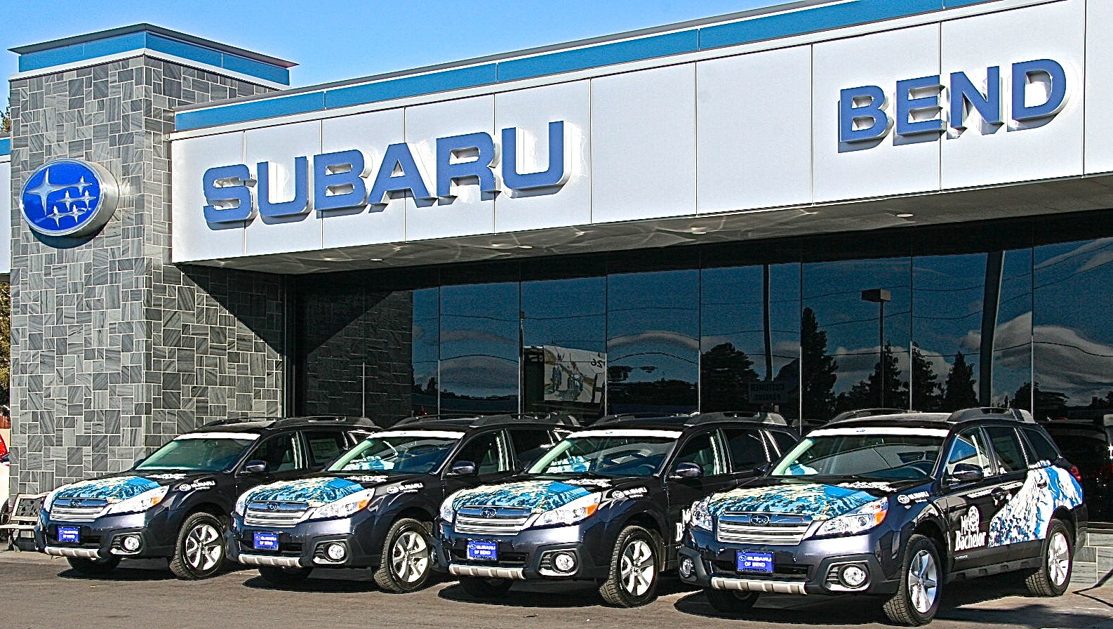 the best subaru dealership in bend or subaru of bend. Black Bedroom Furniture Sets. Home Design Ideas