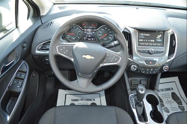 Used 2018 Chevrolet Cruze For Sale in Bedford, PA | Near Breezewood, New  Enterprise, Fishertown & Warfordsburg, PA | VIN: 1G1BE5SM7J7187343