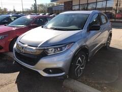 New 2019 Honda HR-V Sport SUV 3CZRU6H17KG706452 for sale in Terre Haute at Thompson's Honda