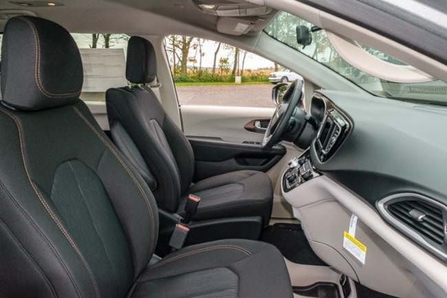 new 2018 chrysler pacifica lx for sale red lion pa. Black Bedroom Furniture Sets. Home Design Ideas