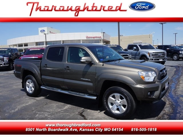 2015 Toyota Tacoma 4WD Double Cab Truck