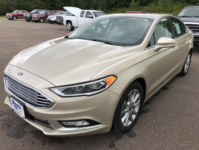 Used 2017 Ford Fusion SE Front-wheel Drive Sedan For Sale in Hayward, WI