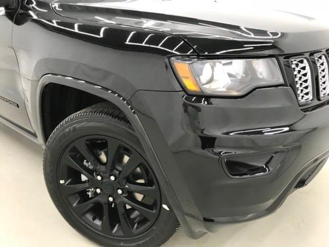 New 2019 Jeep Grand Cherokee ALTITUDE 4X4 For Sale in ...