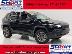 New 2019 Jeep Cherokee TRAILHAWK 4X4 Sport Utility 1C4PJMBX3KD471844 for Sale in Middlesboro, KY at Tim Short Dodge Chrysler Jeep Ram