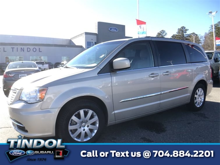 used 2015 Chrysler Town & Country Touring Van 86129B in Gastonia, NC