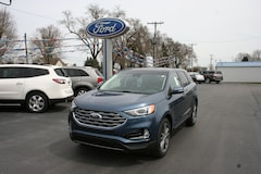 2019 Ford Edge Titanium w/leather, sunroof, & navigation Crossover
