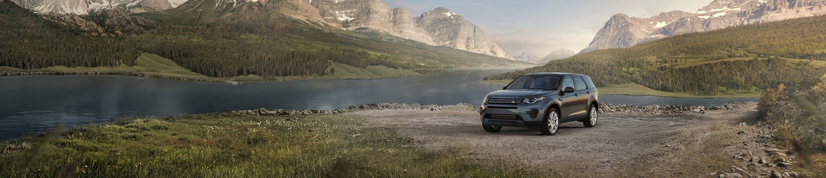 Land Rover Discovery Sport SE SUV