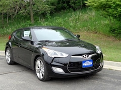 New 2017 Hyundai Veloster Value Edition Value Edition Dual Clutch M85261 in Bellevue, NE