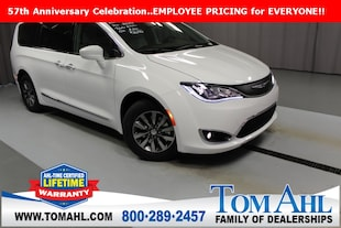 2019 Chrysler Pacifica TOURING L PLUS - Employee Pricing for EVERYONE! Passenger Van
