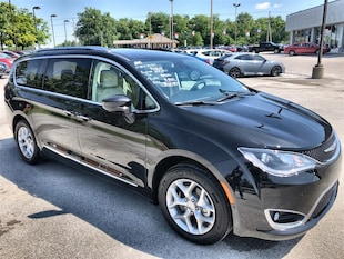 2019 Chrysler Pacifica TOURING L PLUS- Employee Pricing for EVERYONE! Passenger Van